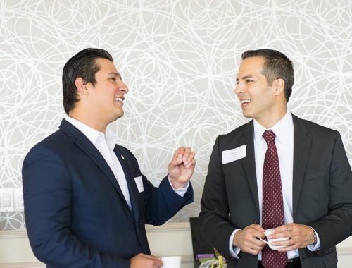 Juan Rios of Gravity IT talks with panelist Matthew Hashem of MDVIP before the roundtable discussion