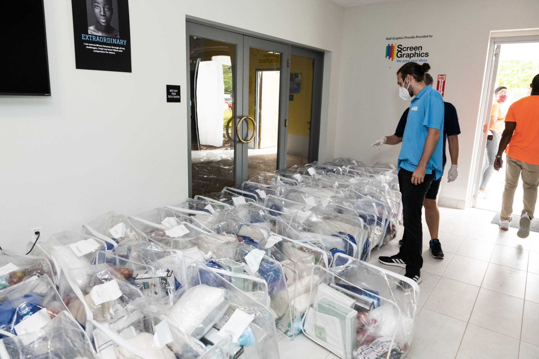Luxury beds in bag for distribution